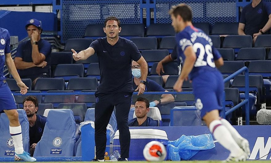 Chelsea manager Frank Lampard encouraging his players in their 2-1 Premier League win over Manchester City on Thursday.