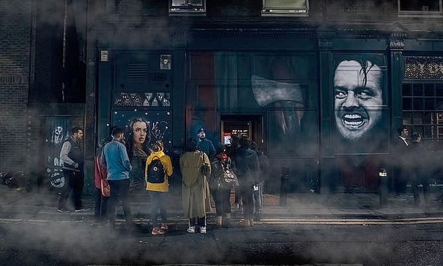 Viator's Jack The Ripper Murder Mystery online tour takes visitors back to the Victorian-era London of 1888.