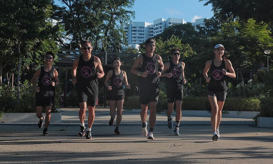 Mr Eugene Lim (centre) will be leading runners (from left) Benjamin Lee, Eugene Teo, Wendy Chu, Chua Kim Choon and Faye Kwan to try to run at least 300km in 31hr 15min this weekend in a relay ultramarathon that is part of The Speed Project in the Uni
