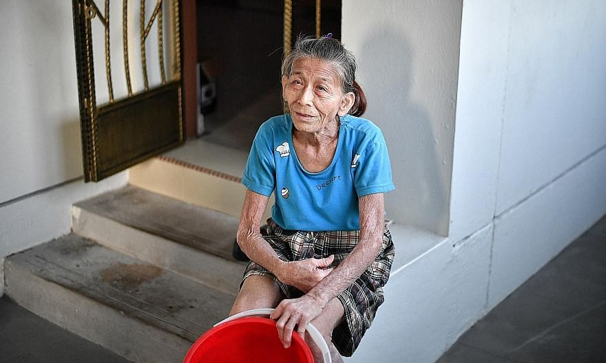 "Madam Lim Ee Chin, who is the oldest recipient of the Community First Responder Award, said she feels overwhelmed by all the media attention from the award and she does not see her actions as ""anything special"". ST PHOTO: ARIFFIN JAMAR"