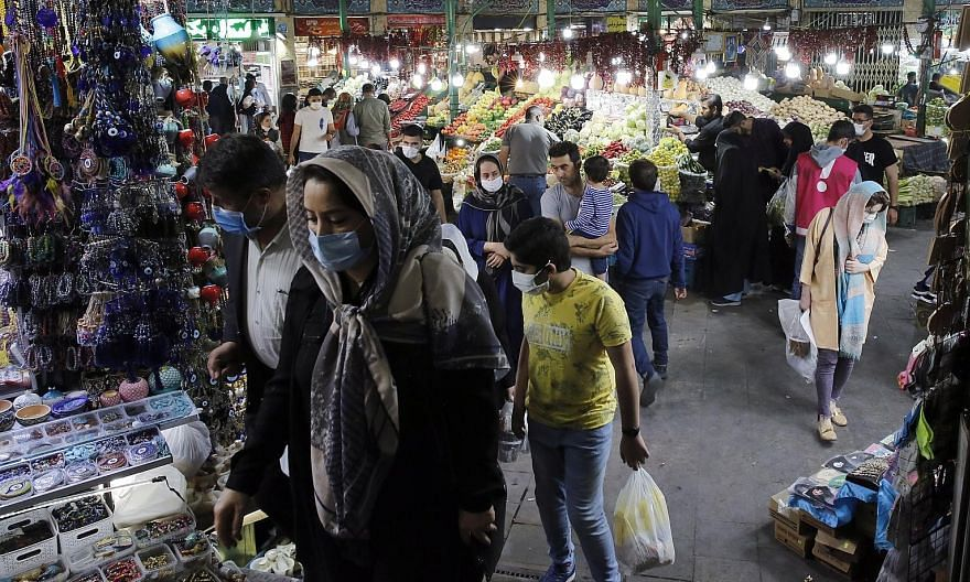 A bazaar in the Iranian capital Teheran this month. There are doubts over whether the United States' reimposition of the original United Nations sanctions will bring much, if any, additional economic pain to the Iranians, since the Trump administrati