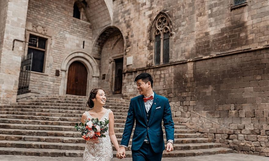 Product manager Kelly Cheng, 25, and auditor Jeff Tan, 28, will hold their solemnisation on Oct 4 and a wedding banquet next May. They are sticking to their original guest list of 30 for the solemnisation.