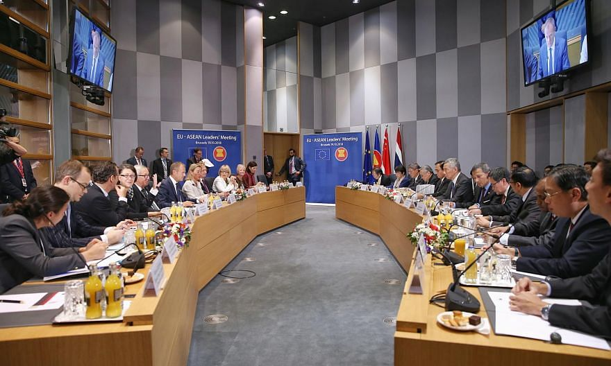 PM Lee Hsieng Loong (right) and other delegates at the EU-Asean Leaders' Meeting in Brussels, Belgium, on Oct 19, 2018.