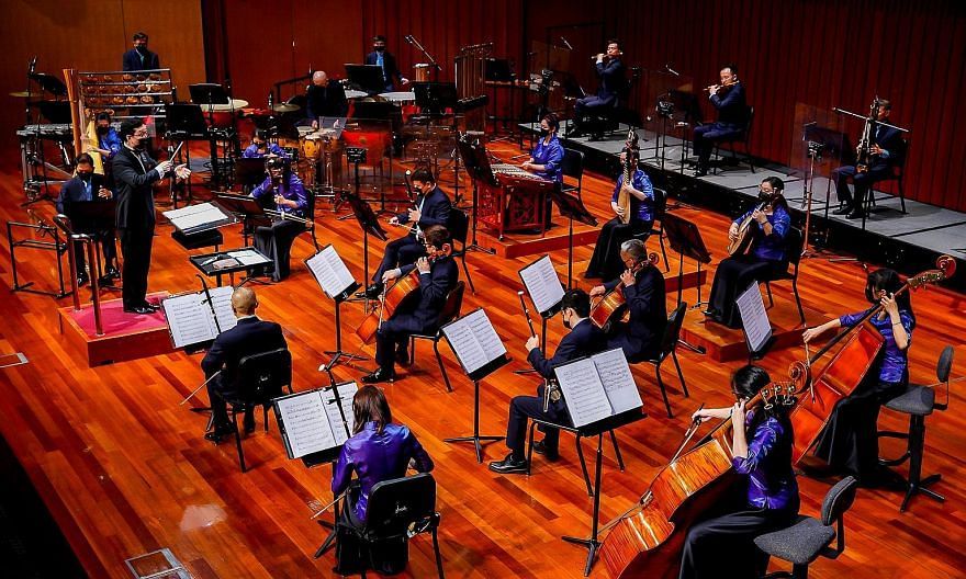 The Singapore Chinese Orchestra held its first in-person performance since the circuit breaker last month. The concert was live-streamed on Facebook.