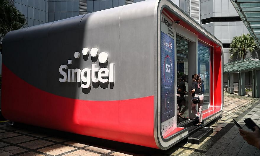 Singtel will receive about $333 million in pre-tax contributions from its Indonesian associate Telkomsel after the sale of telecommunication towers, noted DBS analyst Sachin Mittal, which will help it meet its dividend obligations for 2021. ST PHOTO: