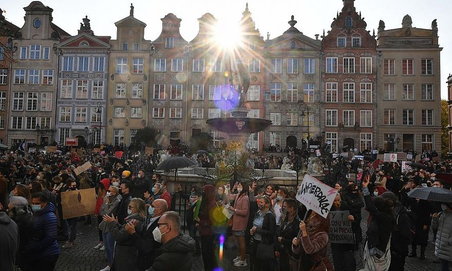 People protesting on Sunday in Gdansk, Poland, against renewed restrictions to curb Covid-19. Europe is in the grip of a new wave of coronavirus cases, with the relatively poorer countries of Poland, the Czech Republic and Slovakia hit particularly h