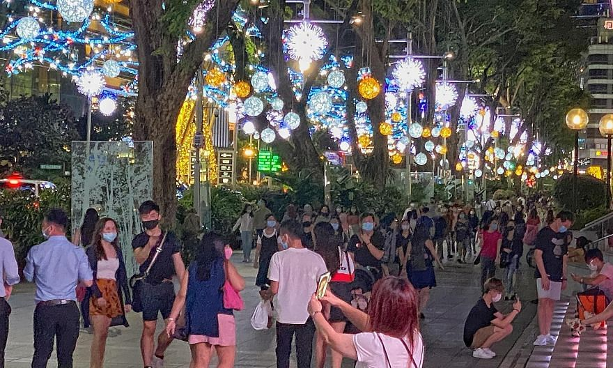 While some shoppers find this year's light-up insufficiently captivating, others say it is less commercialised than in previous years.