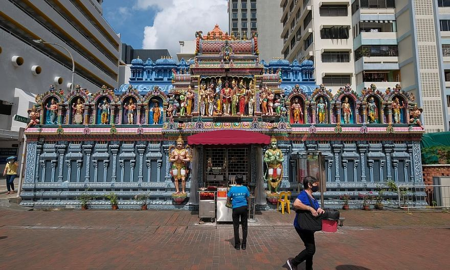 Some of the sights on the Crossroads Alive! walking tour include (clockwise from left) colourful sculptures by Nanyang Academy of Fine Arts students outside the school along Bencoolen Street, The Theatre Practice and Sri Krishnan Temple.