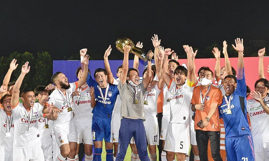 Albirex Niigata celebrating after winning their fourth Singapore Premier League title last month. But they face the prospect of just a week's training if next season's start is not delayed. ST FILE PHOTO