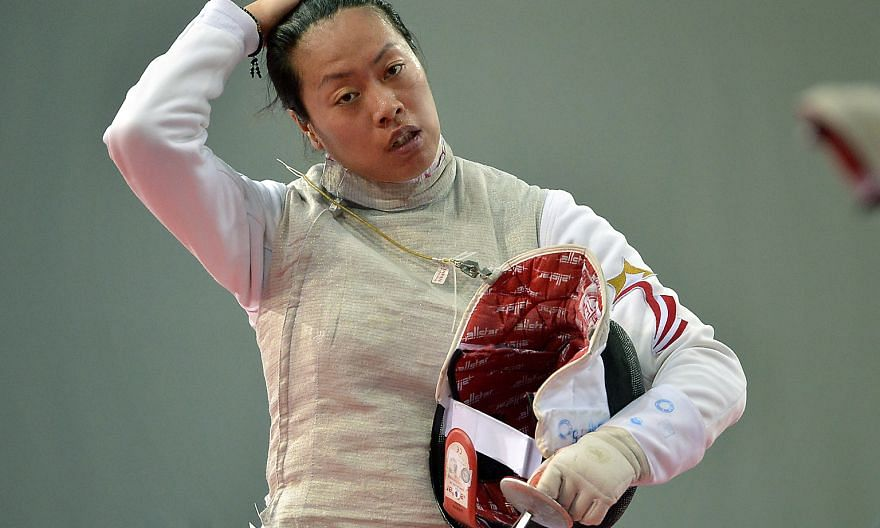 Wang Wenying has failed to qualify for this August's Rio Olympics, after she crashed out of the women's foil round of 16 at the Asia and Oceania Qualifiers.