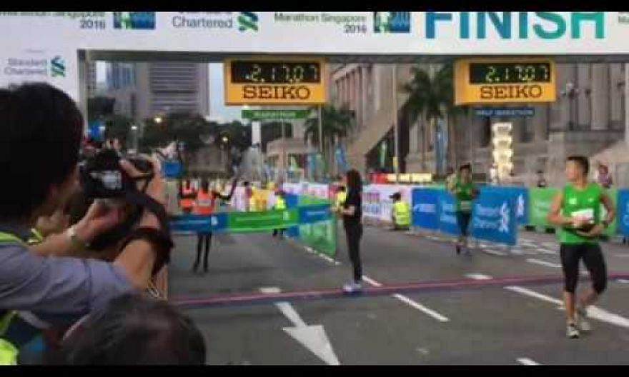 Felix Kiptoo Kirwa wins the Standard Chartered Marathon Singapore (SCMS)