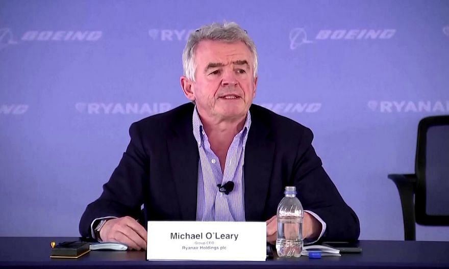 Boeing gets largest 737 Max order since crashes