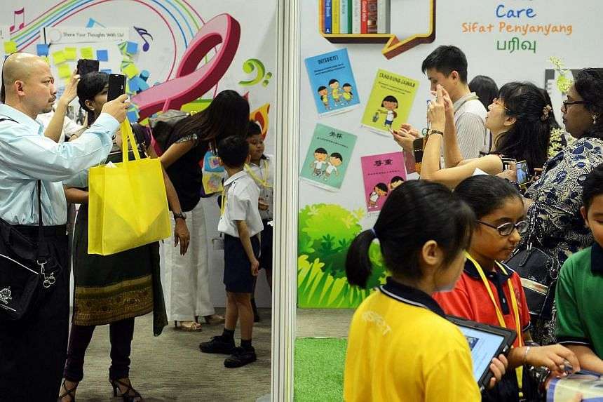 Education Ministry organises its first Primary School Education Seminar for over 2,000 primary school teachers.Primary school years are an important part of the education journey, and designing lessons and activities for children at this age mu