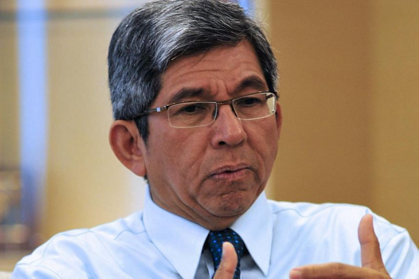 Minister of Communications and Information Yaacob Ibrahim (above) said on Wednesday night that his naming of a blogger and a website for circulating online rumours during the recent haze was to be fair to the majority of the online commun