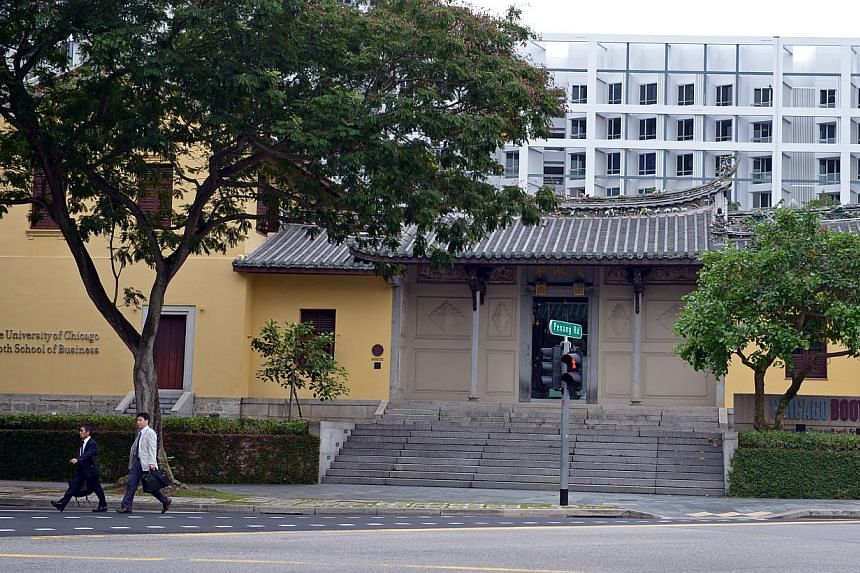 The University of Chicago Booth School of Business will carry on teaching the 166 students who are now enrolled in Singapore.