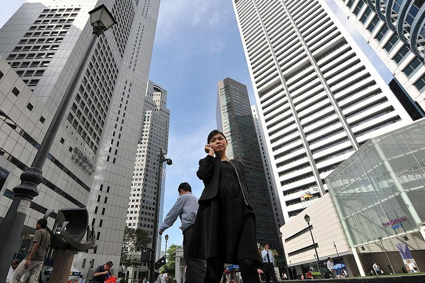 Singapore companies expect to recruit more accounting, finance and financial services professionals in the coming quarter, according to a poll released on Tuesday by recruitment firm Robert Half. -- ST FILE PHOTO: ALPHONSUS CHERN