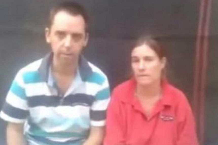 A Dutch couple kidnapped in Yemen issued an impassioned plea in an Internet video for their government to act to secure their release, warning they face execution within 10 days. -- PHOTO: SCREENGRAB FROM YOUTUBE