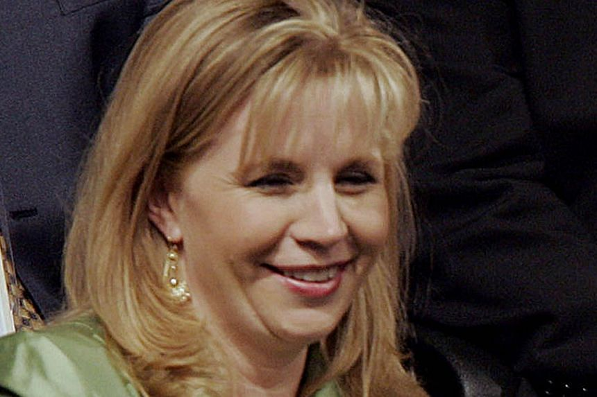 Ms Liz Cheney, daughter of former United States (US) Vice-President Dick Cheney, attends the Republican National Convention in New York on Sept 1, 2004.Ms Cheney announced that she will challenge US Senator Mike Enzi in Wyoming next year, a cla