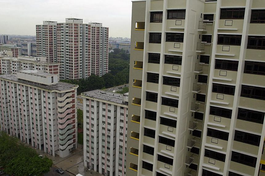 High in the sky are two new blocks of one-, two- and three-room flats for sale or rent in Clementi Avenue 2 to residents in neighbouring blocks 360 and 361. Flexibility is among the design elements the Housing Board plans to include in its newest two
