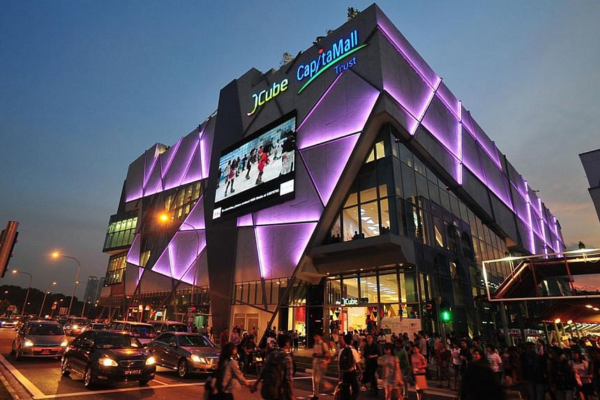 JCube shopping mall at Jurong East, developed by CapitaLand. Mall owner and operator CapitaMalls Asia posted a 5.9 per cent rise in second-quarter net profit to $245.6 million on Tuesday, July 23, 2013, from the preceding year. -- FILE PHOTO: CAPITAL
