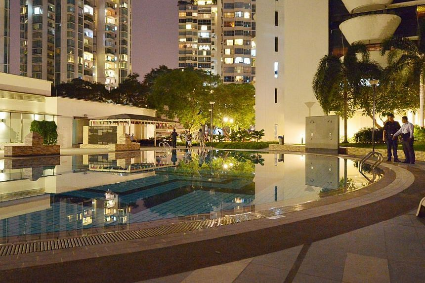The swimming pool at the Amber Park condominium in Marine Parade where the 21-year-old Vietnamese woman drowned on Sunday. She was said to have been drinking with friends before going into the water. -- ST PHOTO: ALPHONSUS CHERN