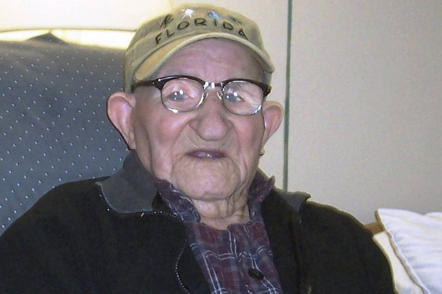 Salustiano Sanchez-Blazquez, 112, is the new world's oldest man, according to research by Guinness World Records. Mr Sanchez-Blazquez, from Grand Island, New York, is a former coal miner and musician. He said his secrets to living long are bananas an