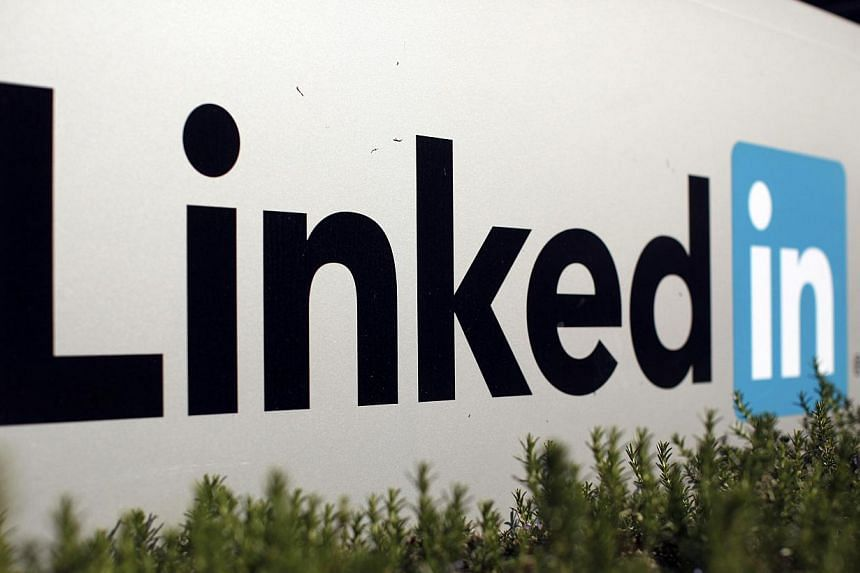 The logo of LinkedIn Corporation, a social networking website for people in professional occupations, is seen in Mountain View, California on Feb 6, 2013. -- FILE PHOTO: REUTERS