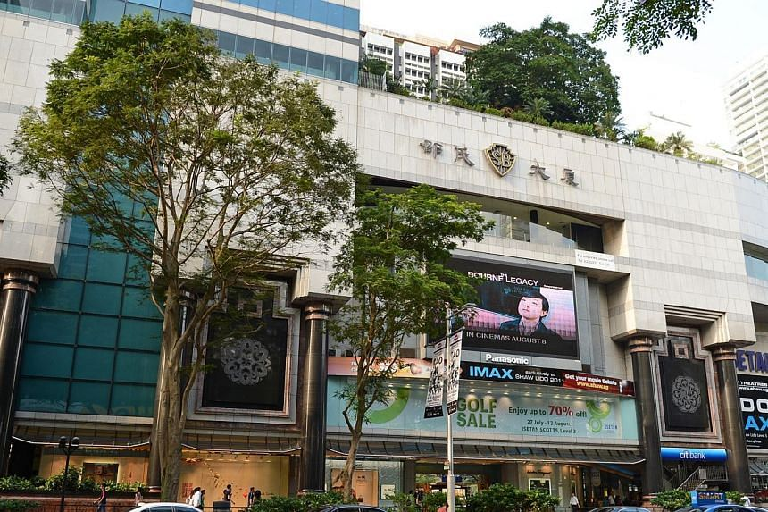 Isetan (Singapore) had a dismal quarter, with its net profit falling 54.9 per cent to $870,000. The ongoing upgrading works at Shaw House and Shaw Centre continued to have an adverse effect on the sales of Isetan Scotts. -- ST FILE PHOTO: J