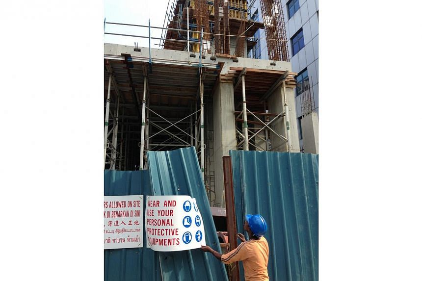 A construction worker was killed on Wednesday morning after the formwork structure he was standing on toppled and fell to the ground. Work at the site has been stopped. The police and the Ministry of Manpower are currently investigating the death.&nb