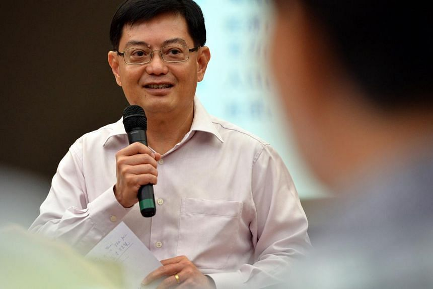 Books may move from print to pixel, but what matters is the quality of what is read and the discipline of reading, said Education Minister Heng Swee Keat on Friday morning. -- ST FILE PHOTO: KUA CHEE SIONG
