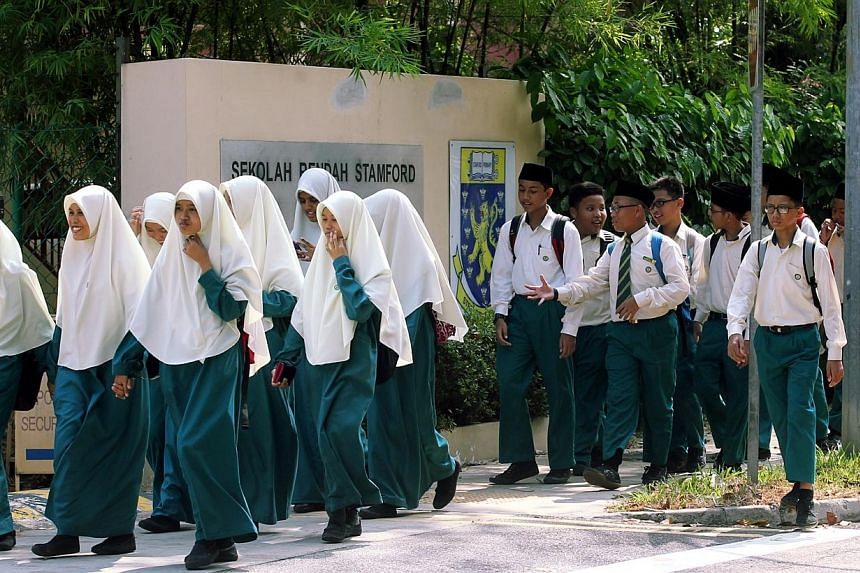 Edusave accounts and contributions will be given to all students of school-going age, such as madrasah students (above), those studying abroad, and the home-schooled, Prime Minister Lee Hsien Loong said in his Malay National Day Rally speech on Sunda