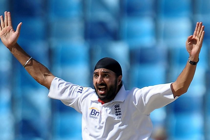 Monty Panesar is to leave county side Sussex after the club launched an investigation into the troubled England spinner being fined by police for urinating in public. -- FILE PHOTO: AFP