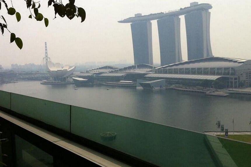 Photo taken at Raffles Place, opposite Marina Bay Sands. -- PHOTO: TWITTER USER SHARONPENGUIN