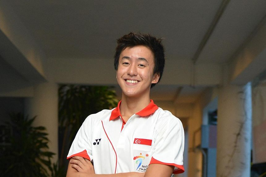 Singapore added another gold and two more silvers to their medal tally in the pool at the ongoing Asian Youth Games in Nanjing on Wednesday, Aug 21, 2013.Quah Zheng Wen (above) won the boys' 200m backstroke in 2min 3.17sec, more than three seco