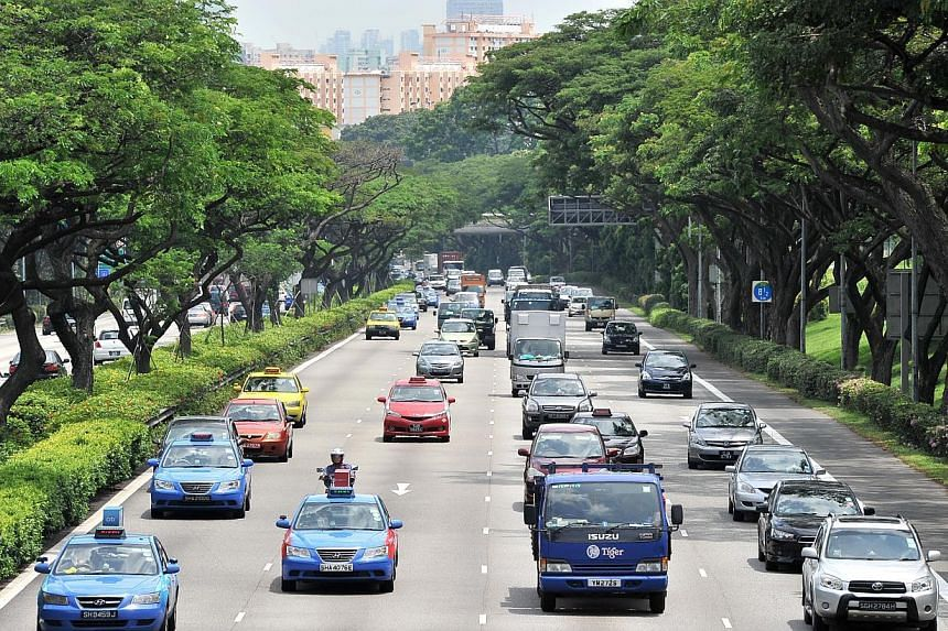Traffic along PIE near Chai Chee Lane on Aug 6 2013. The Pan-Island Expressway (PIE) is the highway where the most traffic accidents occurred over the past three months.-- ST FILE PHOTO: LIM YAO HUI