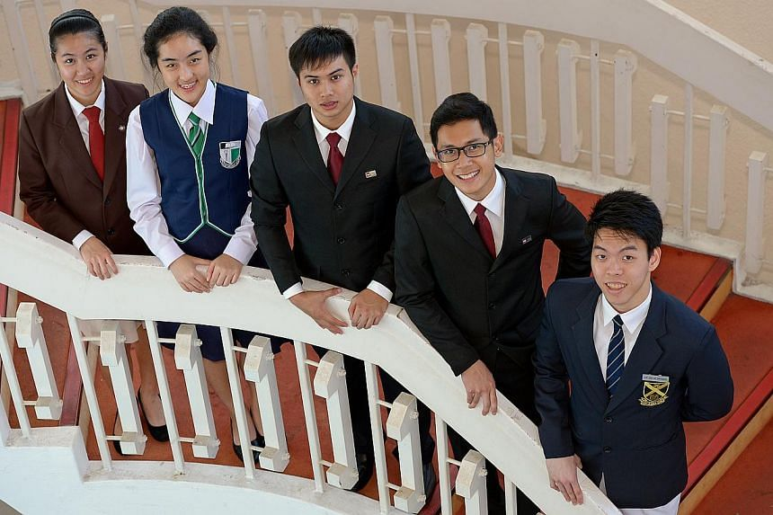 (From left) Ms Chia Yee Shin, 18, from Hwa Chong Institution; Ms Shermaine Ng Xue Min, 16, from Raffles Girls' School; Mr Audric Ping Wei Xiang, 18, and Mr Lye Zheng Bin, also 18, both from ITE College Central, and Mr Nathaniel Loh, 18, from St Andre