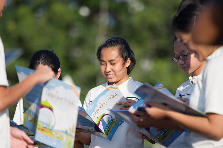 Compassvale Secondary School integrates water education into their curriculum by getting all Secondary 1 students to go through the Active, Beautiful and Clean (ABC) Waters learning trail at Sengkang Floating Wetland to learn about the importance of