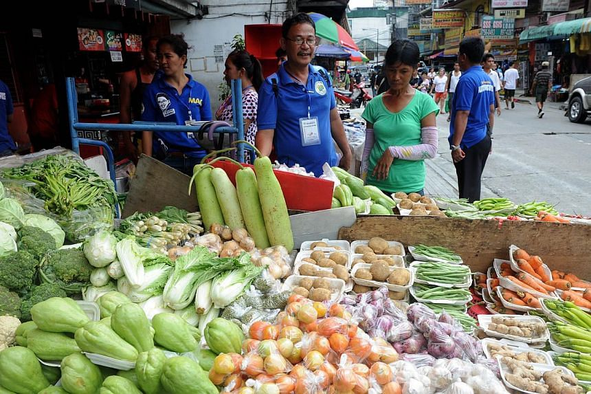 The food the world wastes accounts for more greenhouse gas emissions than any country except for China and the United States, the United Nations (UN) said in a report on Wednesday. -- FILE PHOTO: AFP