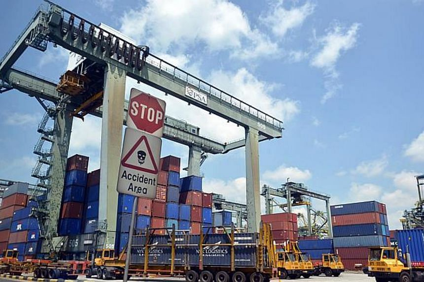 Singapore's non-oil domestic exports (Nodx) declined by 6.2 per cent in August, dragged down by a contraction in both electronics and non-electronics exports.-- ST FILE PHOTO: ASHLEIGH SIM