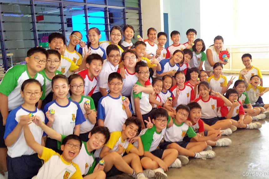 Class 5 Endurance at River Valley Primary School with their form teacher, Ms Lin Huiling (far right). -- PHOTO: LIN HUILING