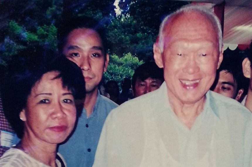 Ms Jean Ang with Mr Lee Kuan Yew at a New Year's Party at the Istana. -- PHOTO: JEAN ANG