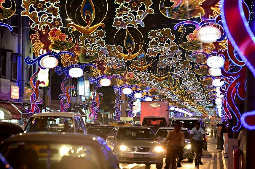 Deepavali Light Up 2012 along Serangoon Road.The shiny surfaces of thousands of CDs adorned with colourful artificial gem stones will add glitter to the annual decorations at this year's Deepavali light-up. -- ST FILE PHOTO:NURIA LI