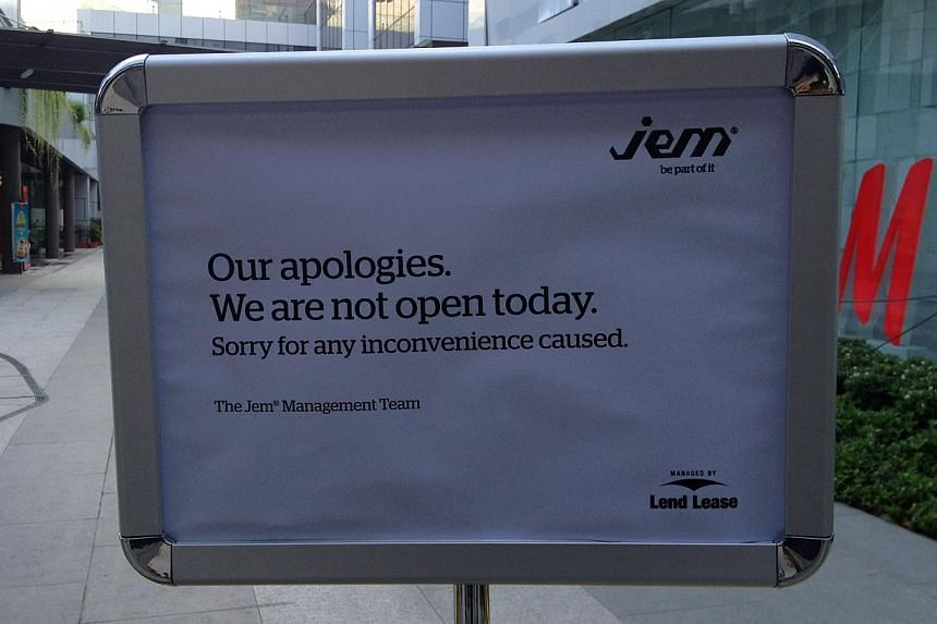 Sign posted outside JEM mall on Thursday, Sept 19, 2013. -- ST PHOTO: KUA CHEE SIONG