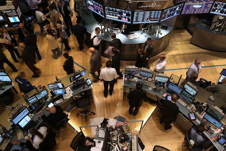 Traders and visitors depart after the closing bell of the New York Stock Exchange on September 16, 2013 in New York City.United States (US) stocks retreated slightly on Thursday as investors paused after the Federal Reserve's decision to keep its sti