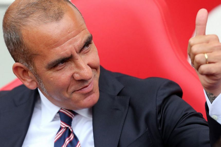 Sunderland's manager Paolo Di Canio gestures during their English Premier League soccer match against West Bromwich Albion at The Hawthorns in West Bromwich, central England, September 21, 2013.  Paolo di Canio was sacked as manager of Engl