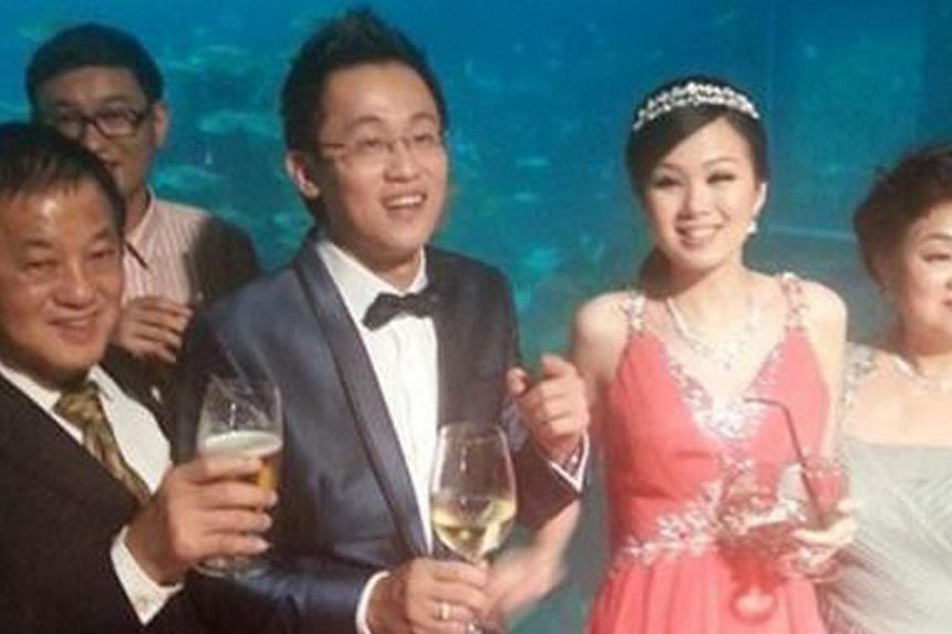 Dato Tan Eng Boon, a real estate developer from Malaysia, had booked the viewing gallery of the aquariumlast Saturday evening for his son Edwin Tan's wedding. -- PHOTO: COURTESY OF WAN BAO