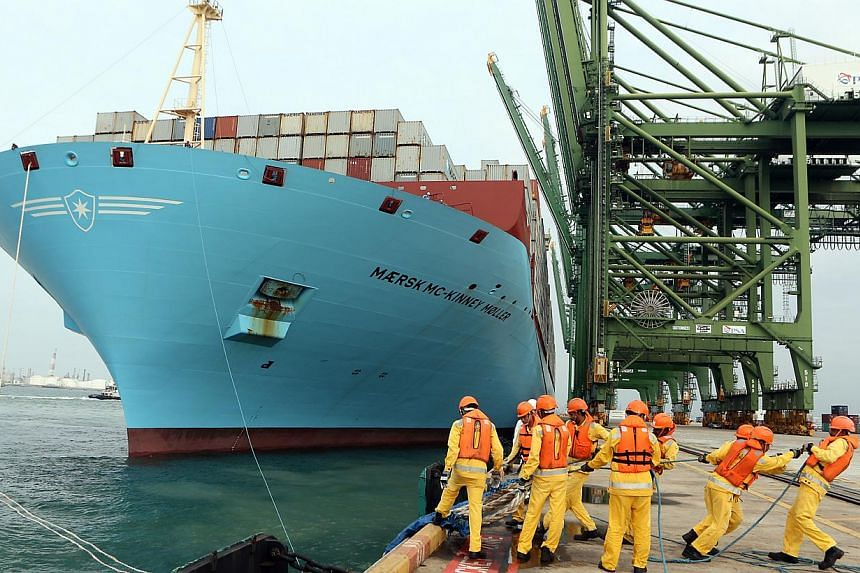 The first of Maersk Line's 20 new Triple-E ships, from the world's largest class of container vessels – the Maersk Mc-Kinney Moller, has called at Singapore port for the first time, on her maiden voyage. The world's largest container ship made it
