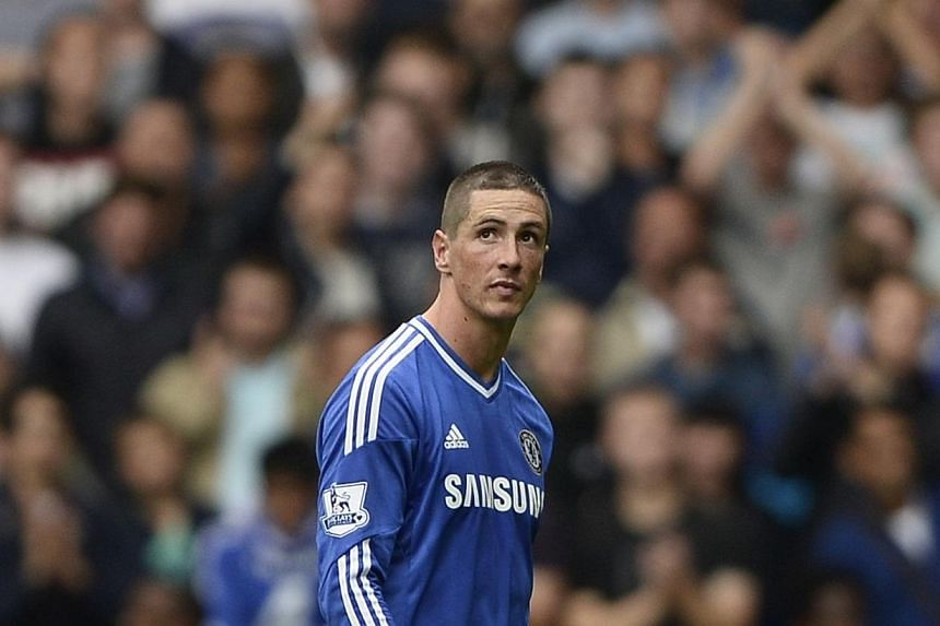 Chelsea striker Fernando Torres (above) will not face retrospective disciplinary action for scratching the face of Tottenham Hotspur's Jan Vertonghen, England's governing Football Association said Tuesday, Oct 1, 2013. -- PHOTO:REUTERS