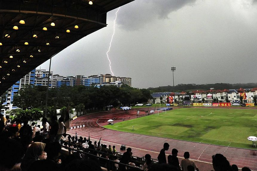 Lightning seen from the Choa Chu Kang Stadium on April 10, 2012. Singapore, which has one of the highest rates of lightning activity in the world, has launched a real-time lightning information service for the public. -- ST FILE PHOTO: DIOS VINCOY JR