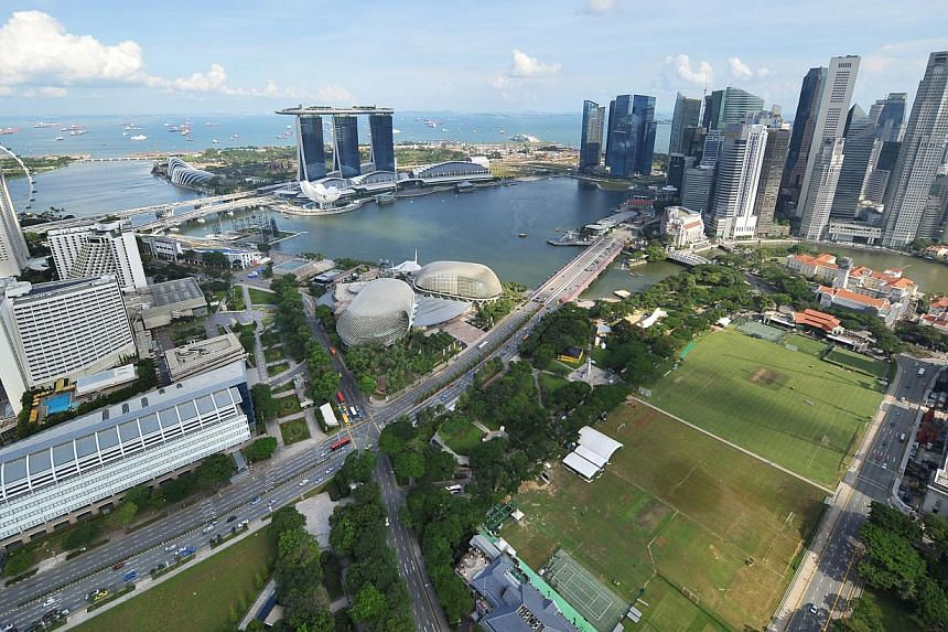 Singapore's Central Business District, new Marina Bay Downtown and its future southern waterfront district may be linked by an extensive underground road network beyond 2030. -- ST FILE PHOTO: ALPHONSUS CHERN